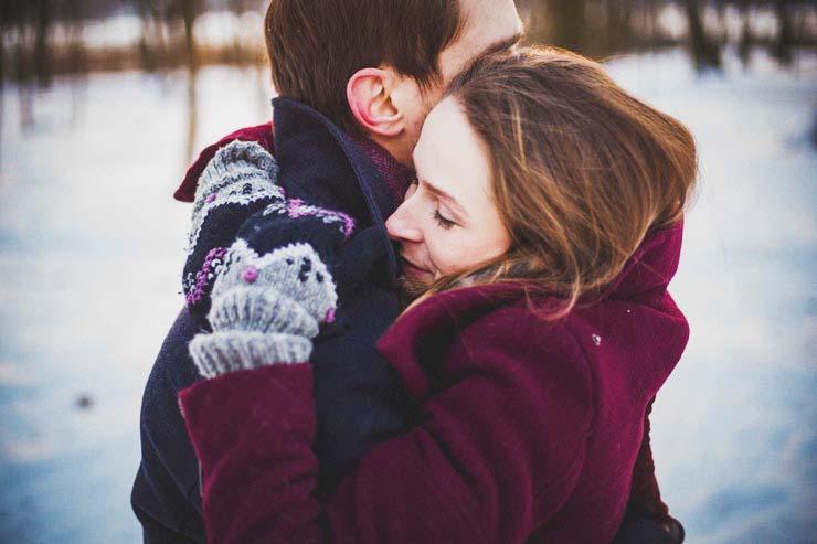 abraço para curar crise no casamento